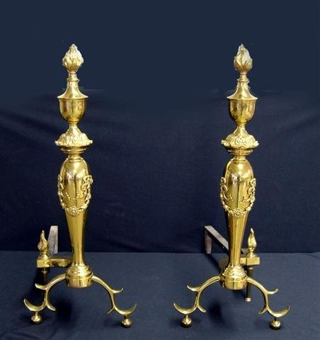 200: Brass fireplace fender & andirons w/ flame finials