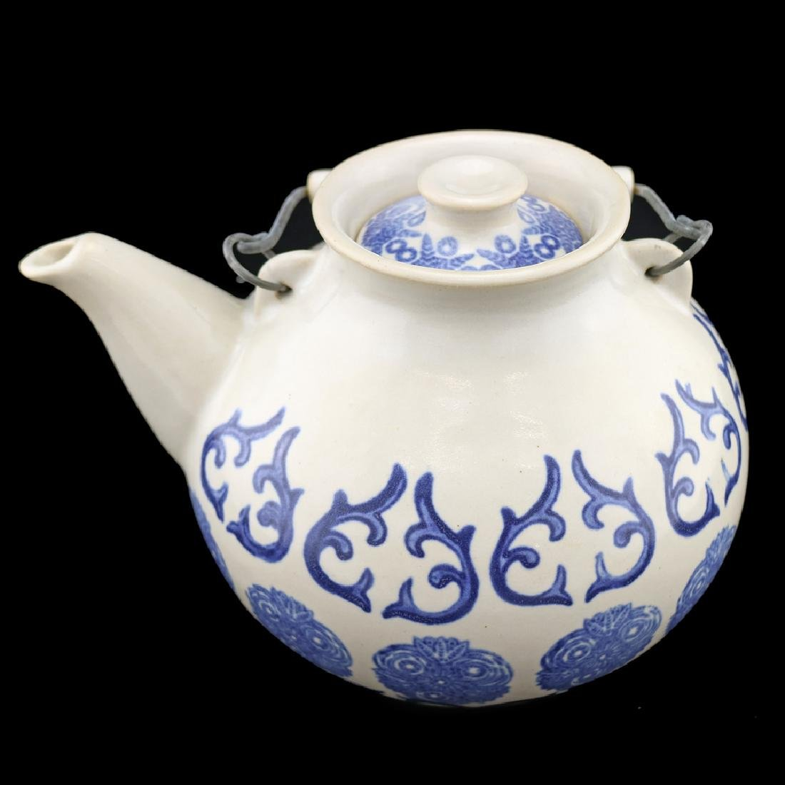 Eva Zeisel, Monmouth Colonial Pattern Teapot