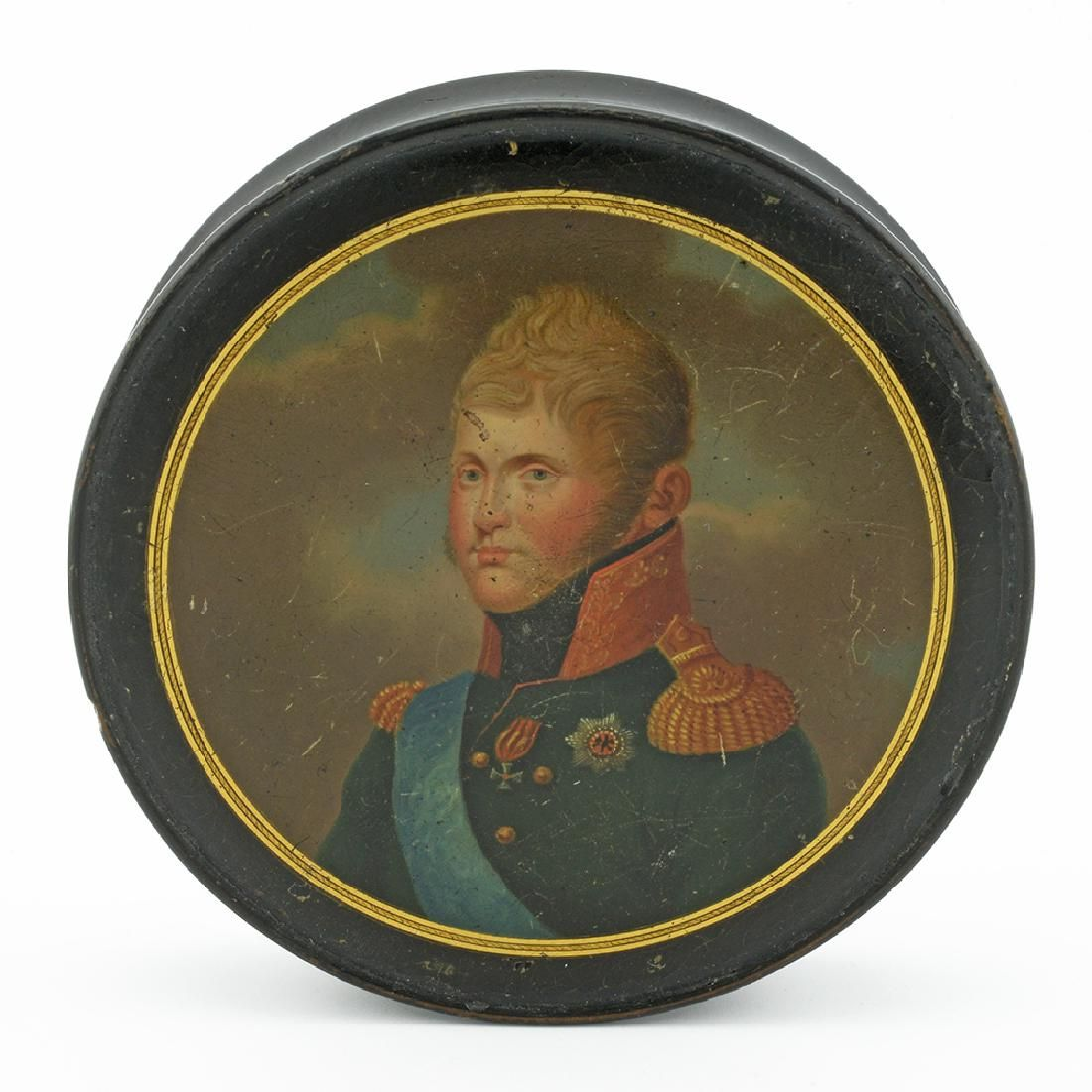 Russian Alexander I oval lacquer snuffbox