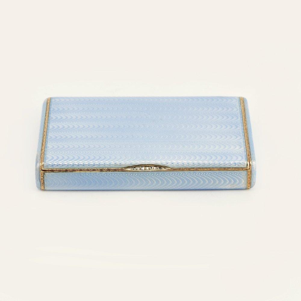 A Fabergé Wigström guilloché enamel card case, c1908-11