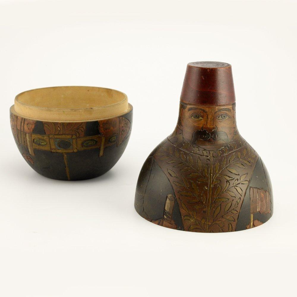 A Russian kustar art Ottoman figural box, ca1915 - 3