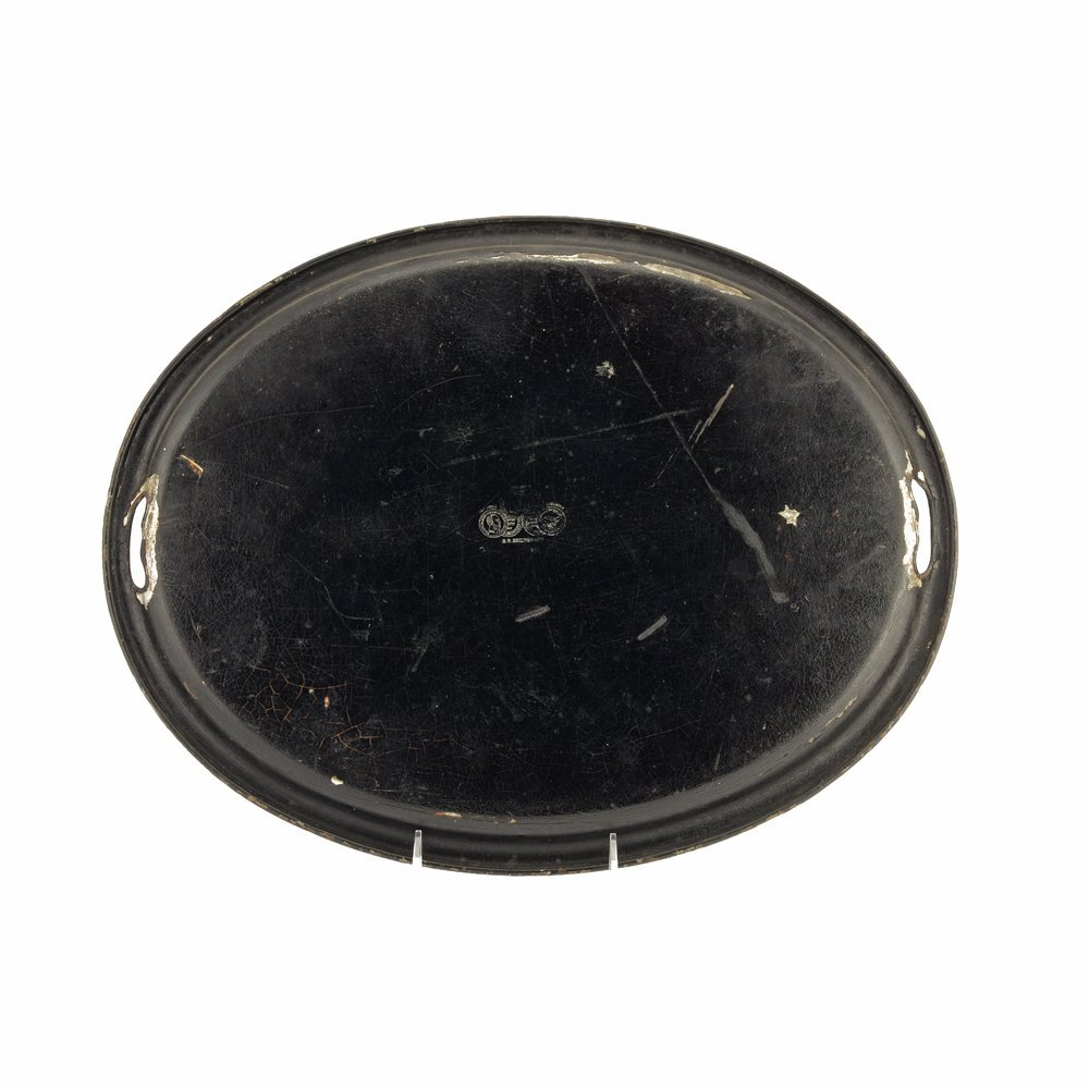 A large Russian lacquer tray, Vishnyakov, late1880s-90s - 2
