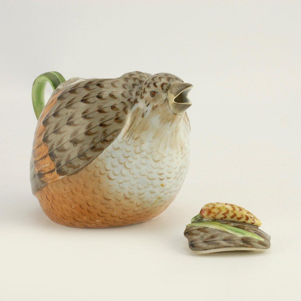 A Russian Gardner bird teapot, ca1880s - 4
