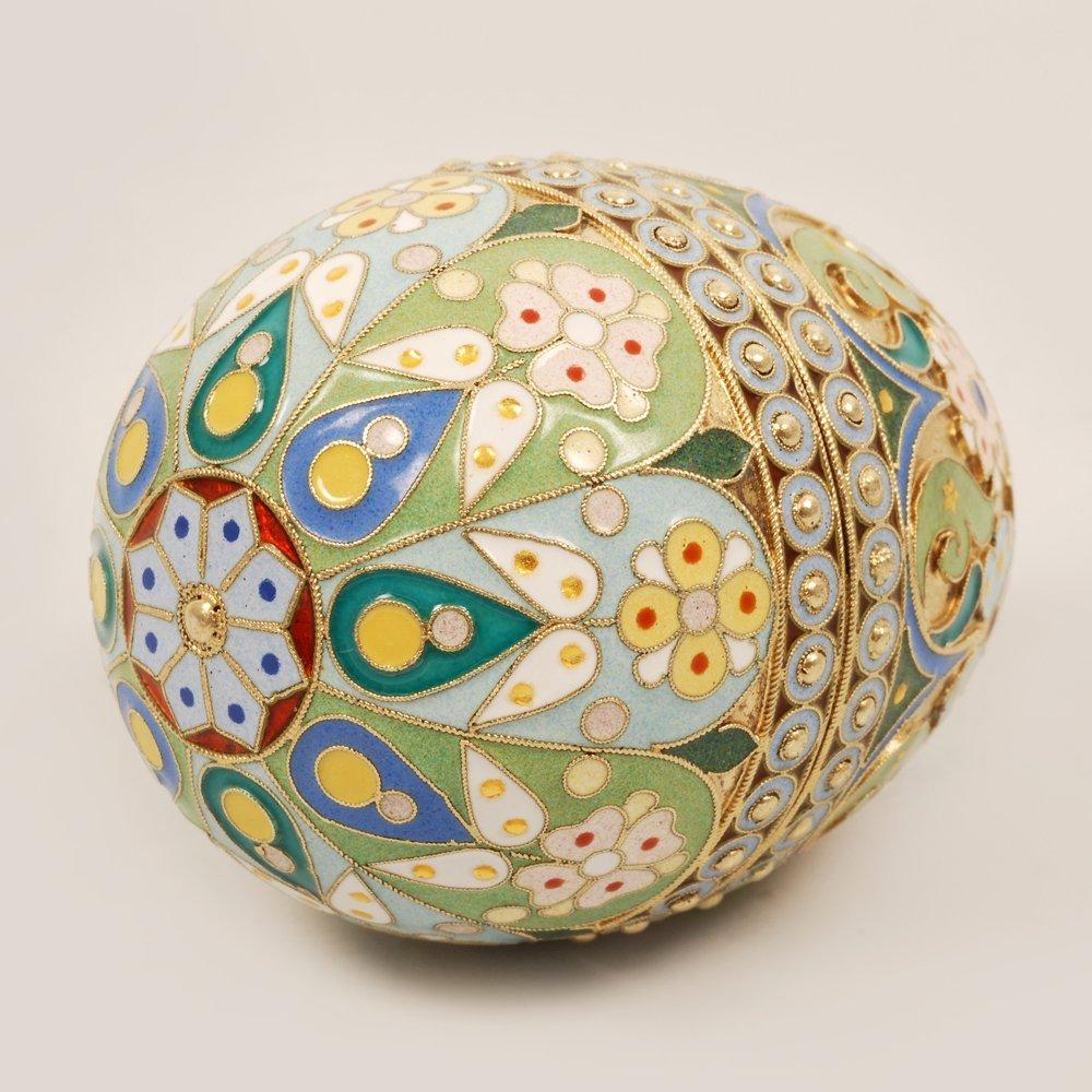 An Ovchinnikov shaded enamel Easter egg, c1899-1908 - 2