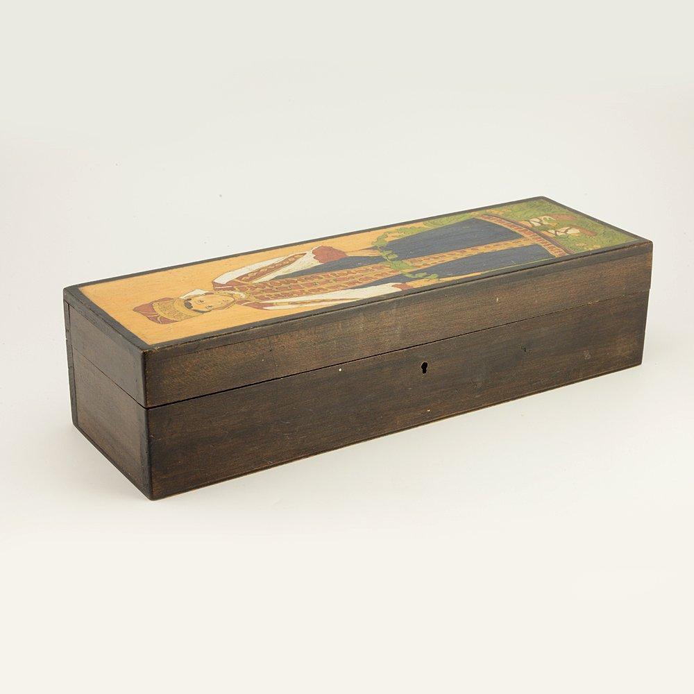 A Russian folk or kustar art carved wood box, ca 1910 - 3