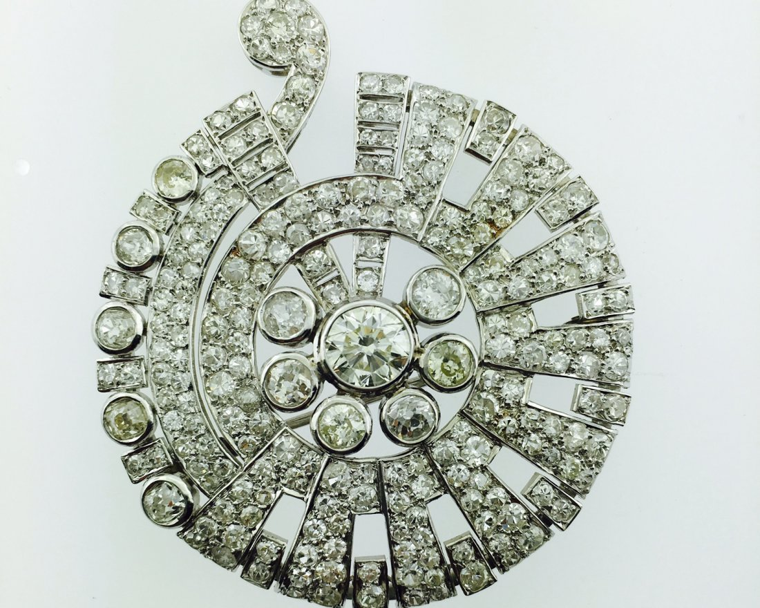 Platinum Belle Epoque Brooch with 12.25 Carats of Old
