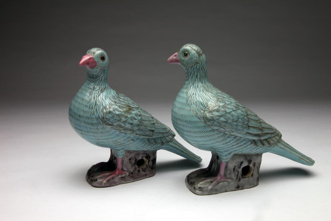 A Pair of Chinese Glazed Ceramic Doves - 3
