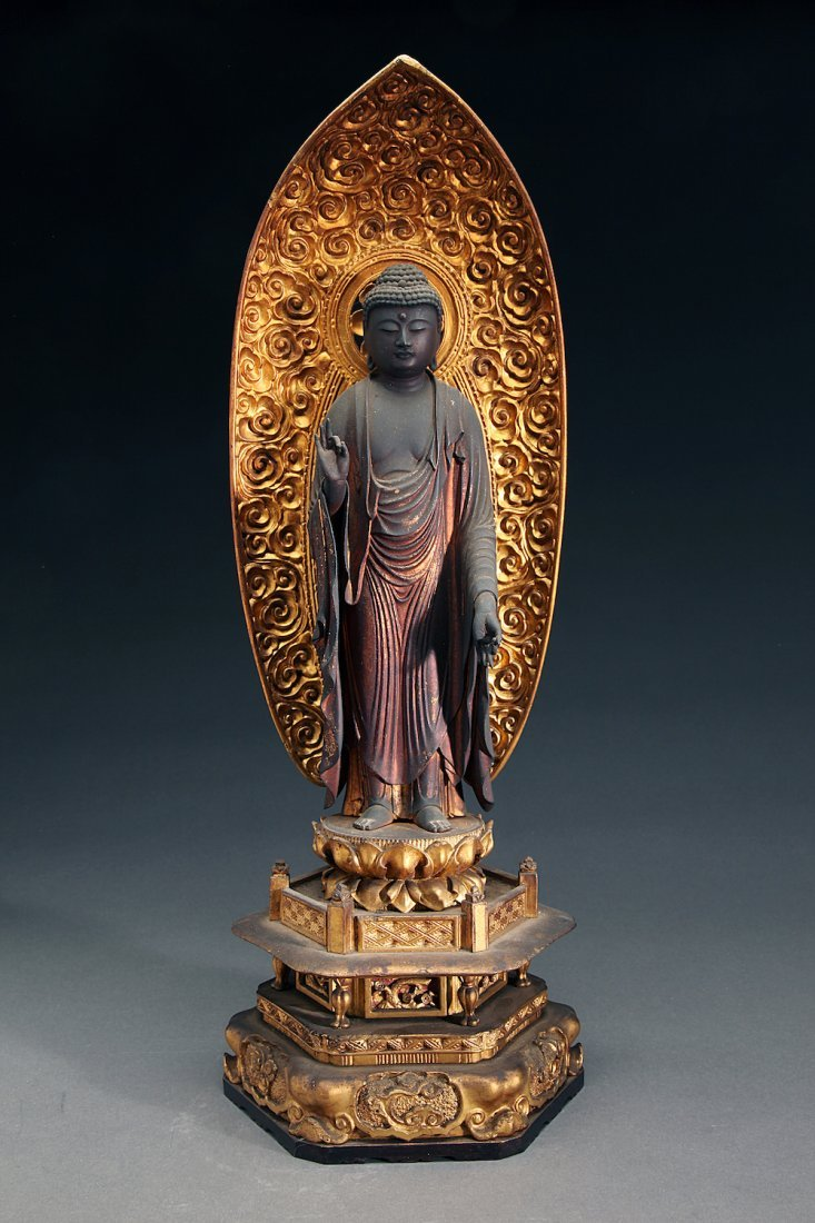 Superb Edo Gilt Wood Figure of Buddha