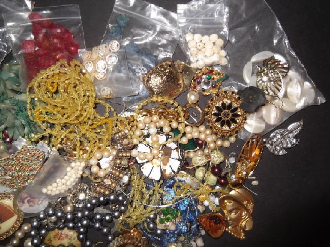 2 1/2 lbs of costume jewelry parts; findings - 3