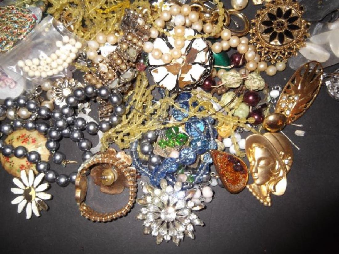2 1/2 lbs of costume jewelry parts; findings - 5