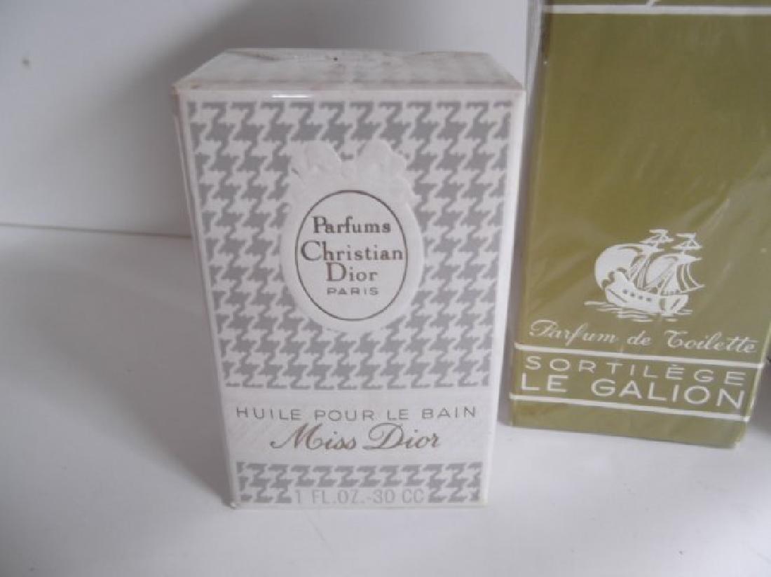18 vintage perfume bottles - 8