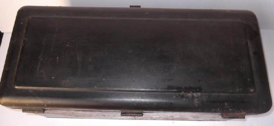Vintage automobile steel box - 5