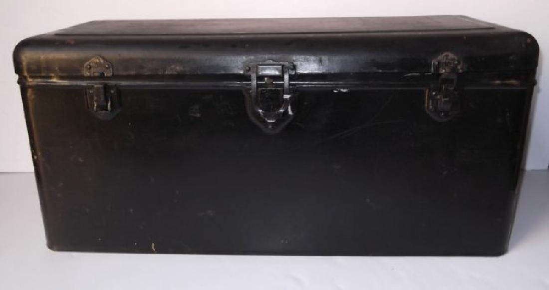 Vintage automobile steel box - 7