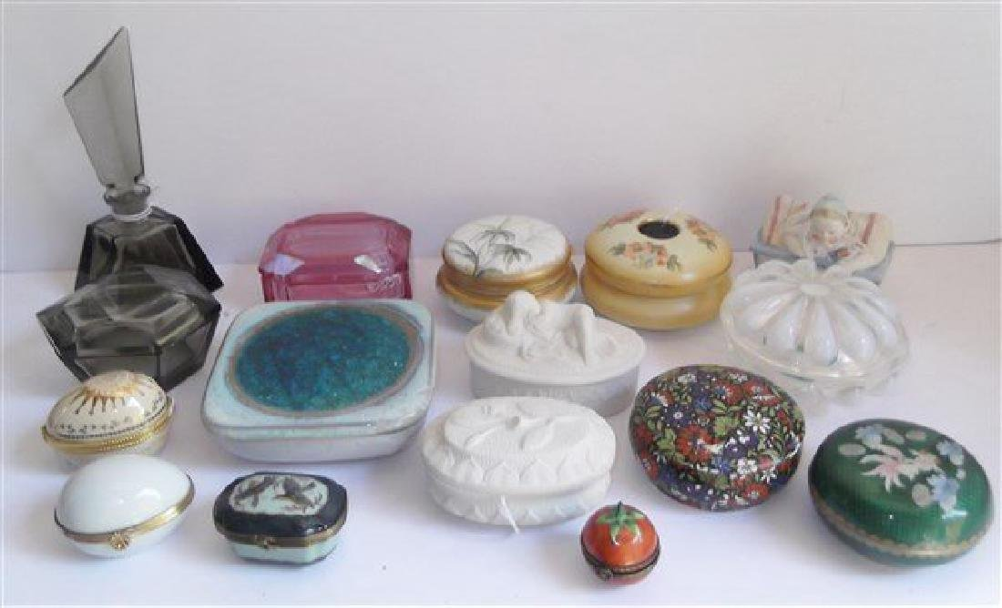 Collection of 16 trinket boxes