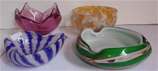 4 vintage art glass bowls