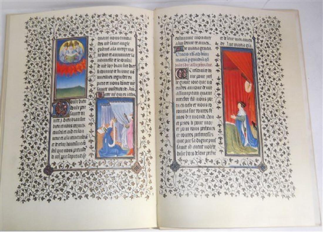 Les Belles Heures Du Duc De Berry book