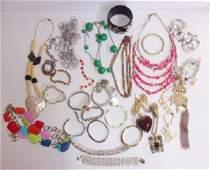 25 piece vintage costume jewelry lot