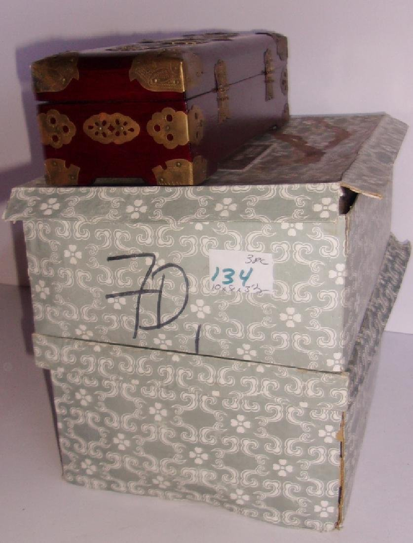 3 Chinese jewelry boxes - 5