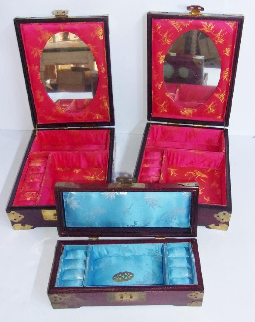 3 Chinese jewelry boxes - 9