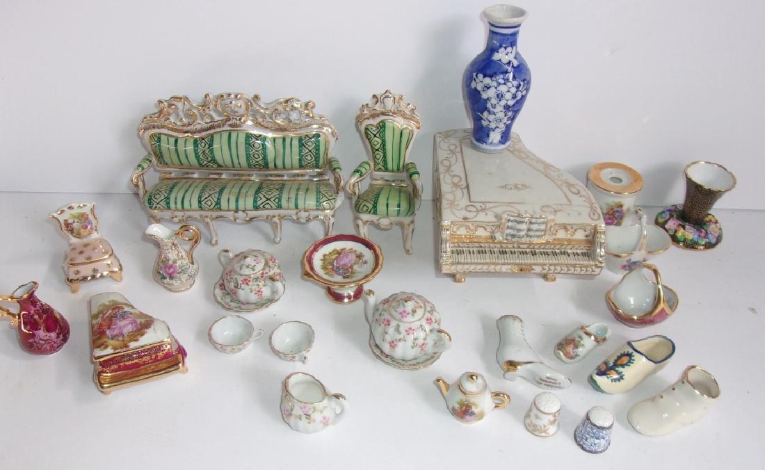 27 piece miniature lot