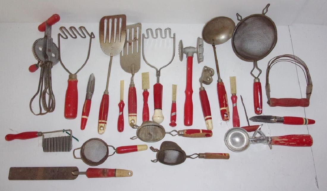 23 piece circa 1925 kitchenalia lot