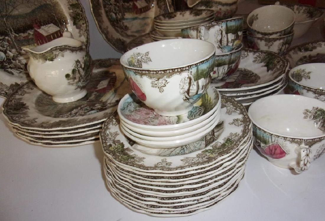 "55 piece ""the friendly village"" dish set - 11"
