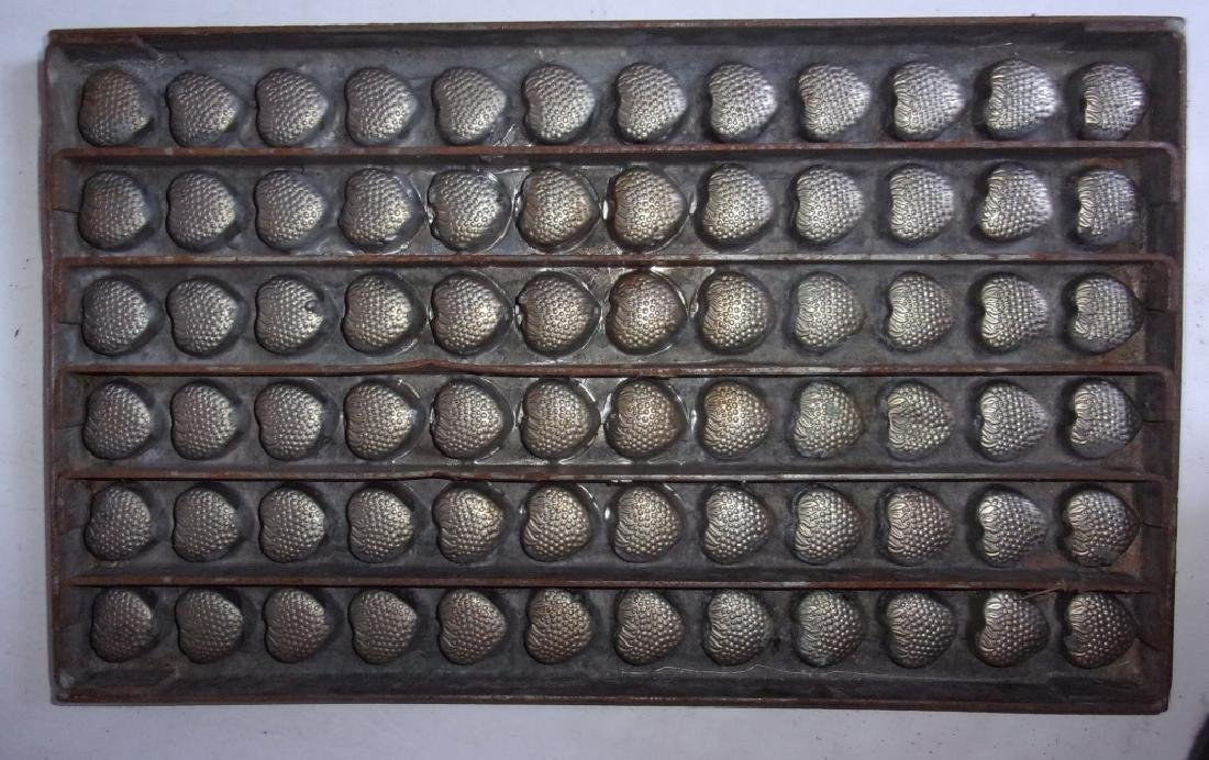 4 vintage chocolate molds - 3