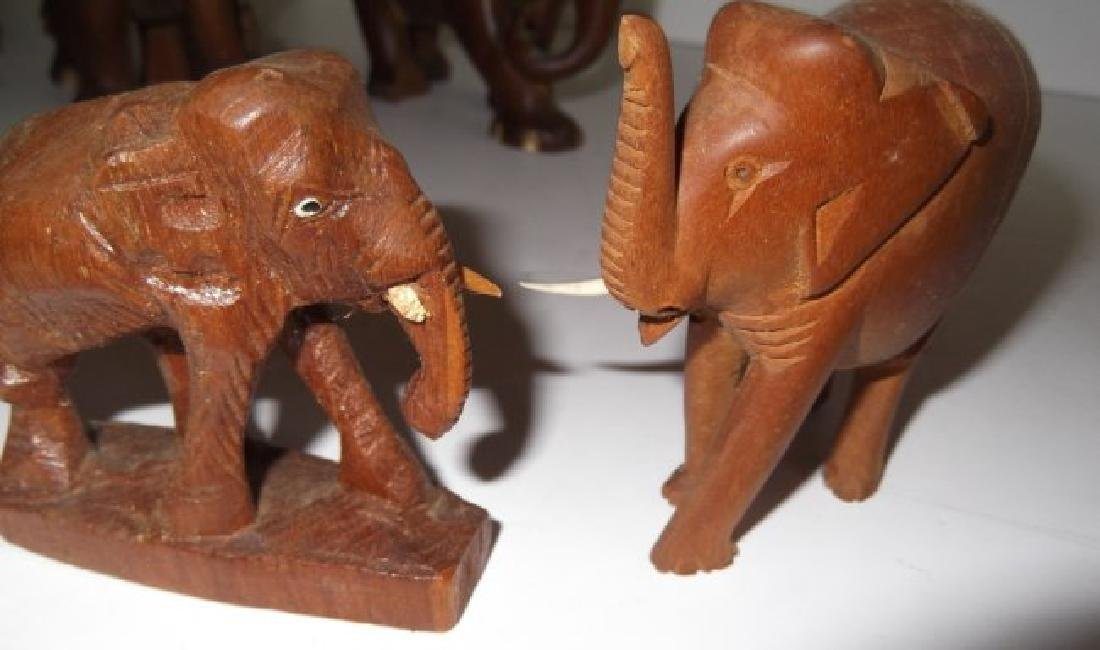 Collection of 10 elephant figures - 7