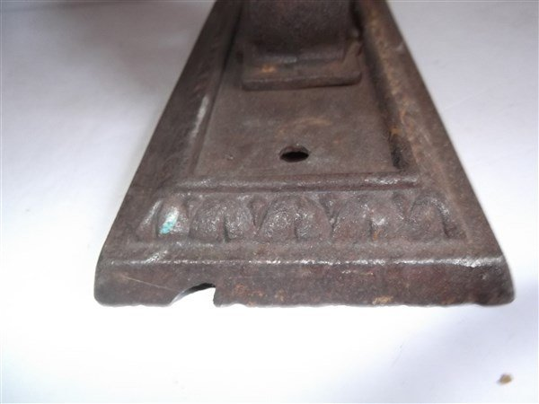 2 vintage cast iron outdoor sconces - 4