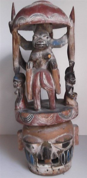 African statue - 4