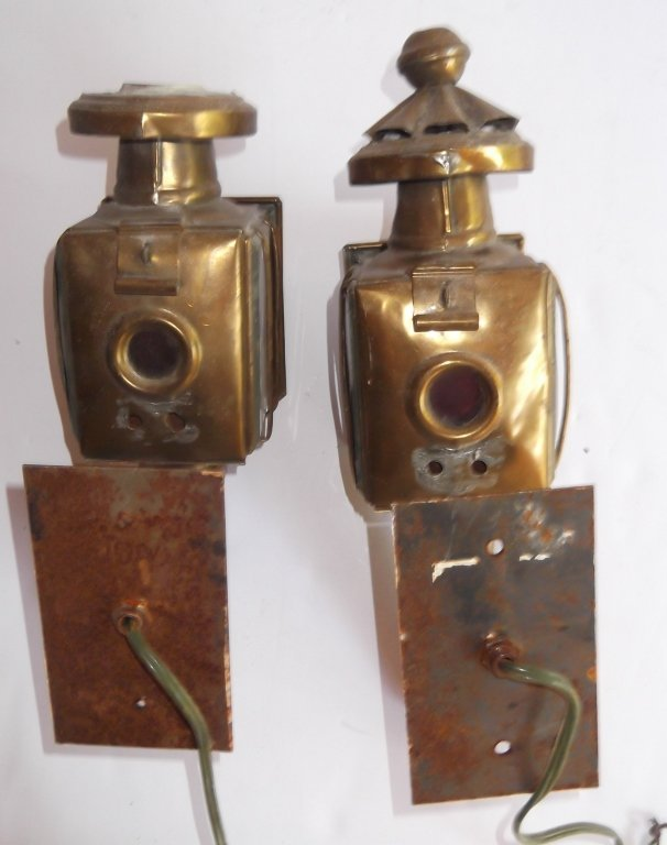 Pair of brass electrified carriage lamps - 2