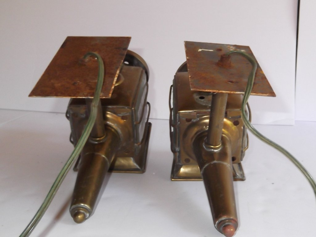 Pair of brass electrified carriage lamps - 3