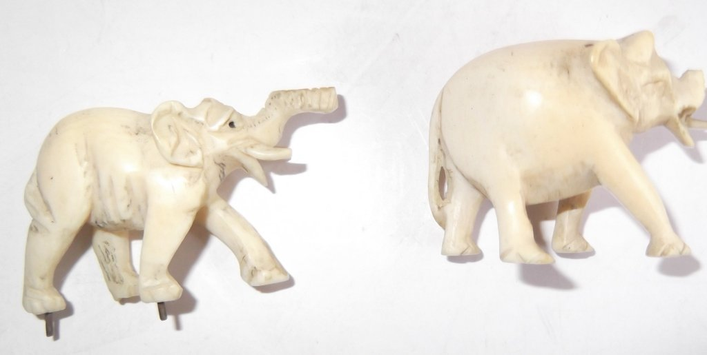 Collection of assorted bone carved items - 6