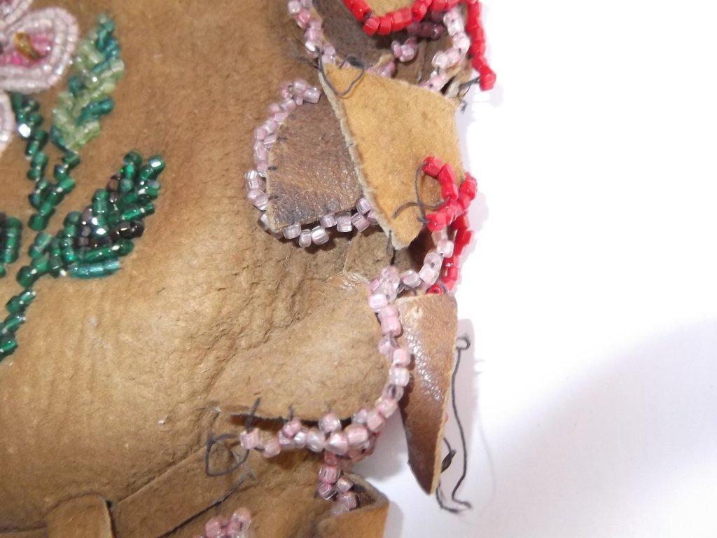 Vintage Apache beaded hide pouch - 4