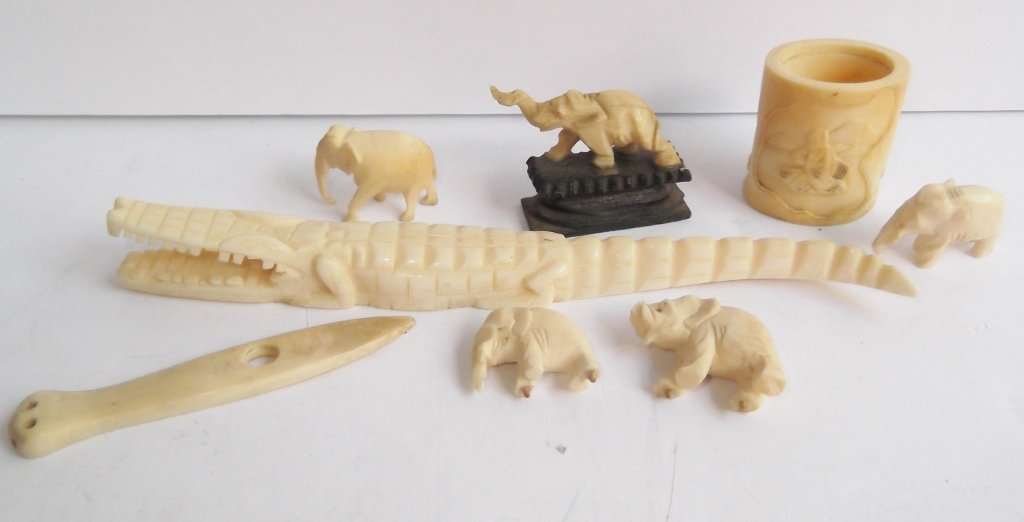 8 assorted carved bone pieces