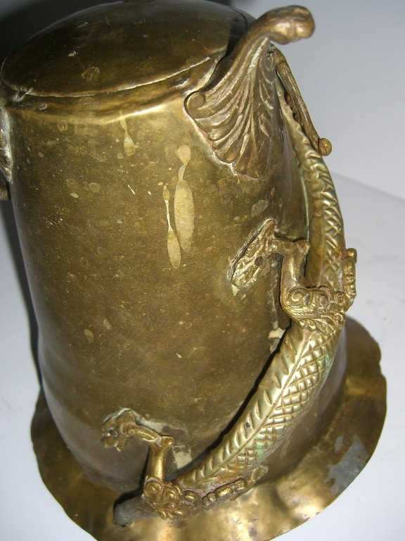 Chinese brass footed pot with dragon - 3