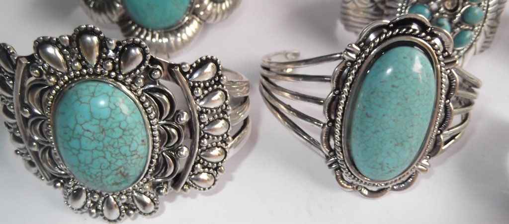 6 turquoise cuff bracelets - 3