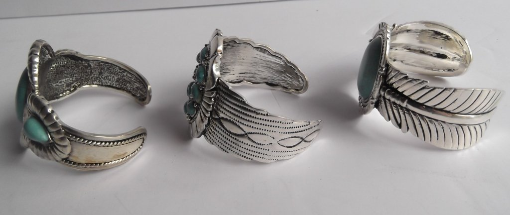 6 turquoise cuff bracelets - 6