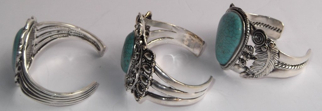 6 turquoise cuff bracelets - 8