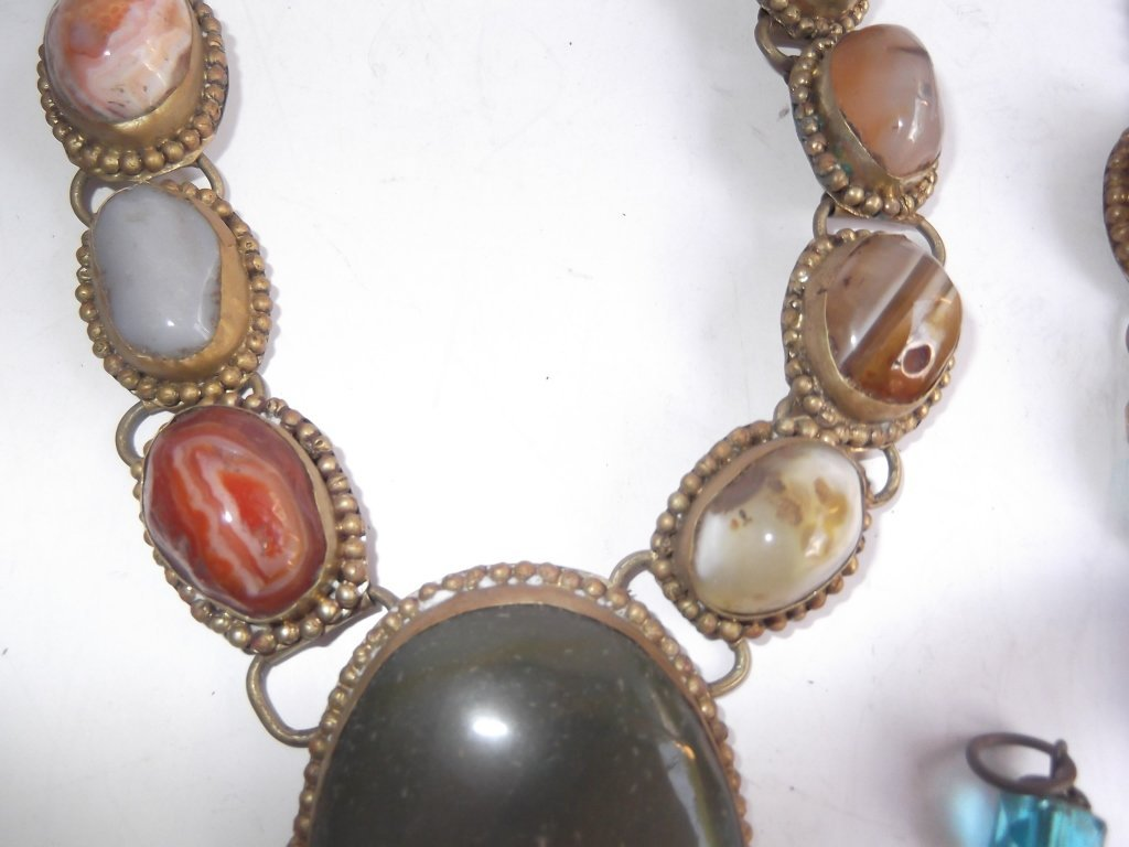 6 1960's Persian necklaces - 4