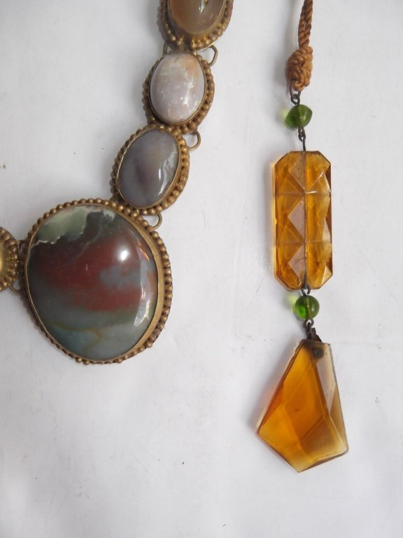6 1960's Persian necklaces - 6