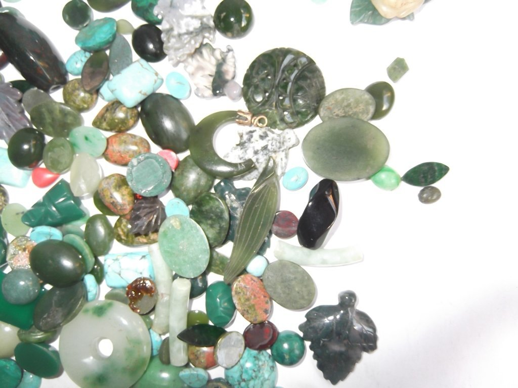Large collection of hand carved & polished stones - 7