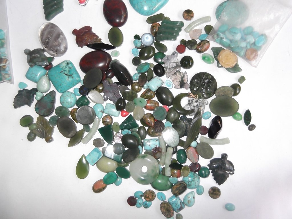 Large collection of hand carved & polished stones - 8