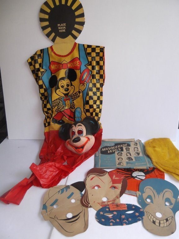 Collection of vintage Halloween items