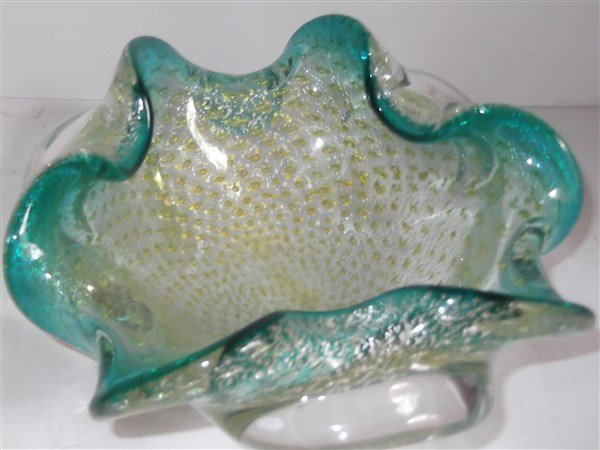 3 art glass bowls & covered bowl - 2
