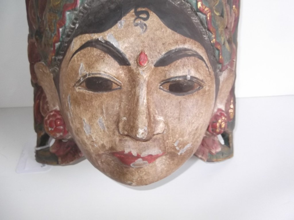 Oceanic goddess wood polychrome mask - 2