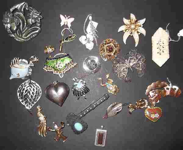 24 vintage & 1980's/1990's costume jewelry