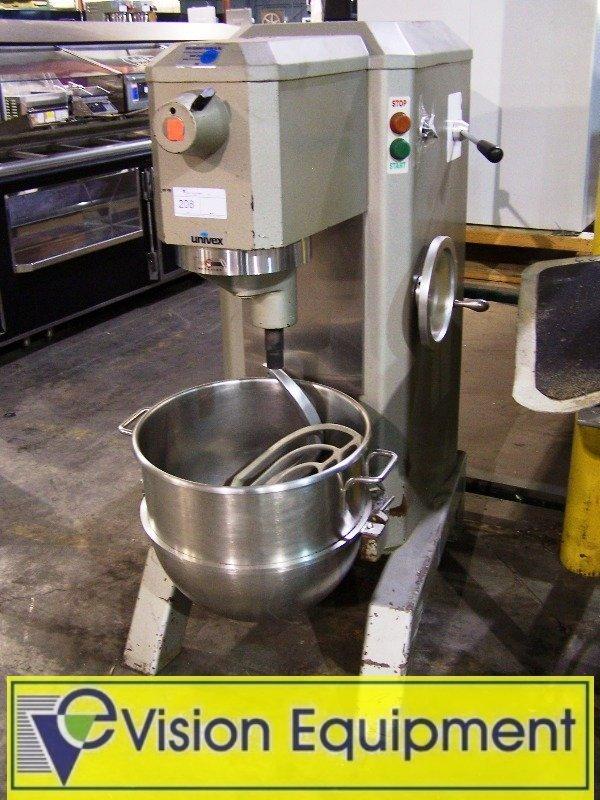 Used Commercial Bakery Dough 60 Quart QT Mixer