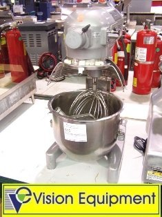 516: used Hobart 20 qt mixer w/bowl guard, paddle, whis