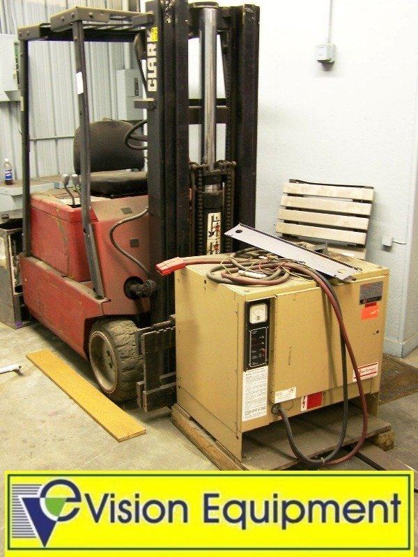 2359: Clark Electric Forklift TM15S w/ Side Shifter